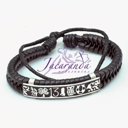 Pulsera de Piel Negra trenzada Gruesa con centro de Plata diseño Amuletos Buena Suerte