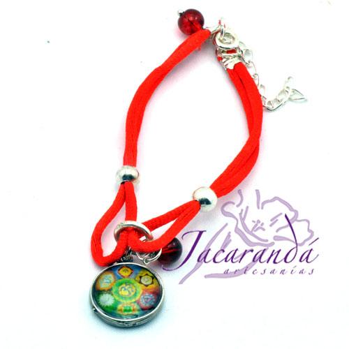 Pulsera de seda dos cordones Rojos con medalla Chacra 7 colores