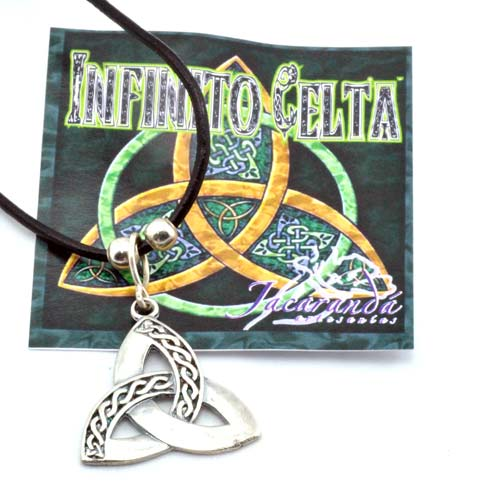 1323 Colgante simbolo Trisqueta Celta 2