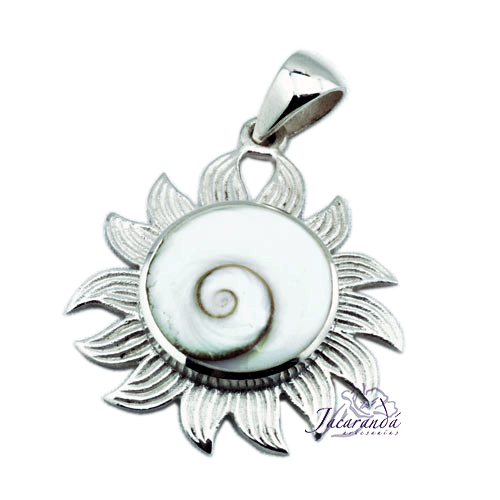 Colgante de Plata Amuleto del Sol y ojo de Shiba