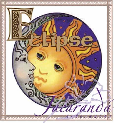 Colgante Eclipse Celta con cordón de piel redondo negro