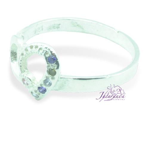 Anillo de plata 925 con circón color cristal de roca diseño corazón