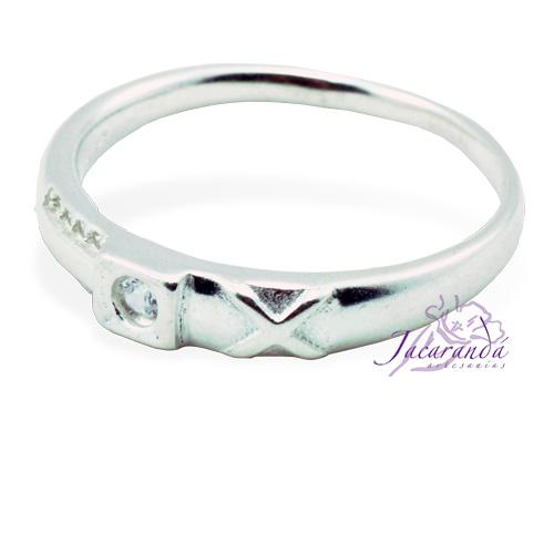 Anillo de plata 925 con circón color cristal de roca diseño Alianza 22 mm