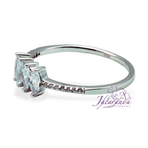 Anillo de plata 925 con 4 circones cristal enchapado en rodio alianza