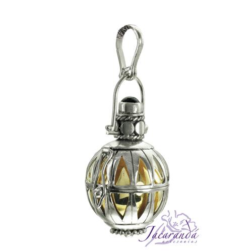 Llamador de ángeles labrado en plata de 18 mm