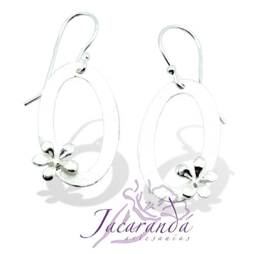 Pendiente de Plata 925 diseño Oval con flor