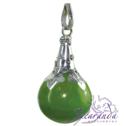 Llamador de ángeles Plata 925 con diseño cono color Verde 21 mm