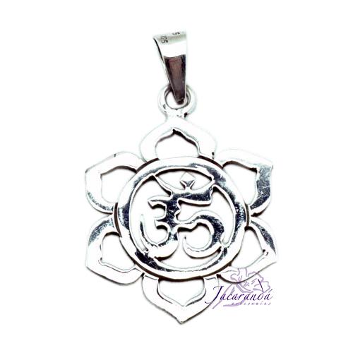 Colgante de Plata Amuleto de Flor del OM